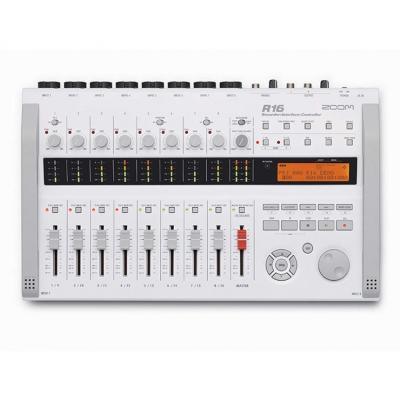 Цифровой рекордер Zoom R16