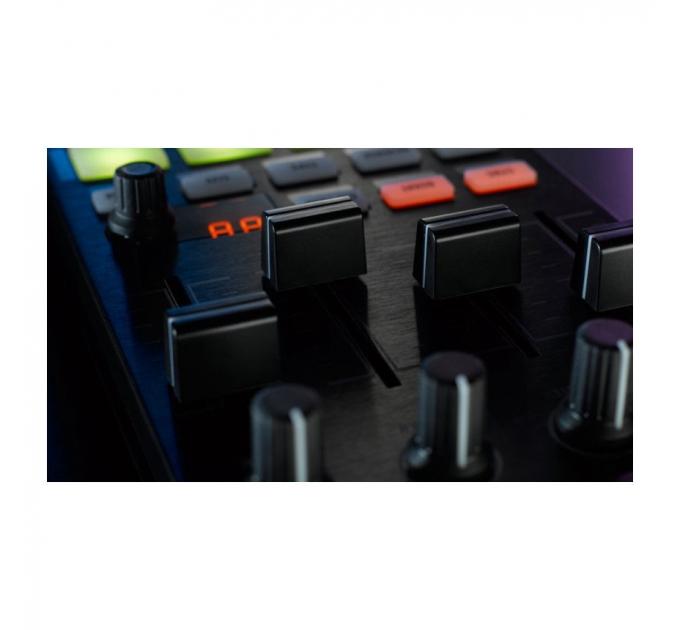 Native Instruments Traktor Kontrol F1