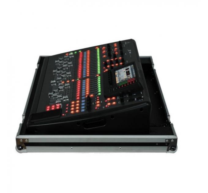 Цифровой микшерный пульт BEHRINGER X32 TP