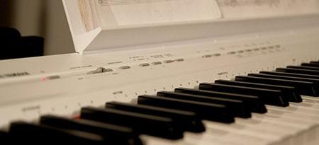 Цифровые пианино: какие бывают?